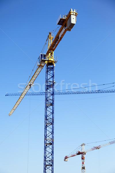 Construção ver três torre céu Foto stock © eldadcarin