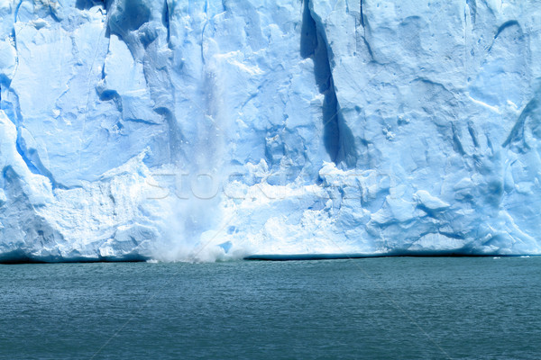 Buz düşen buzul güney amerika su Stok fotoğraf © eldadcarin