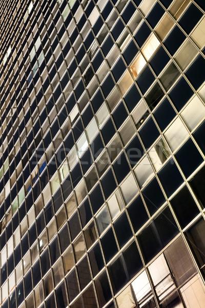 Wolkenkrabber gordijn muur nacht abstract kantoorgebouwen Stockfoto © eldadcarin