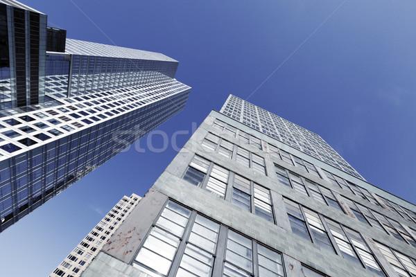 Edifici per uffici grattacieli New York basso grandangolo view Foto d'archivio © eldadcarin