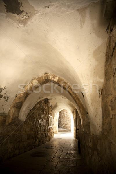 Velho Jerusalém túnel pedestre trimestre cidade Foto stock © eldadcarin
