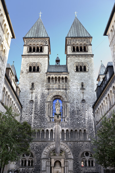 Dama iglesia Berlín romana católico cielo Foto stock © eldadcarin