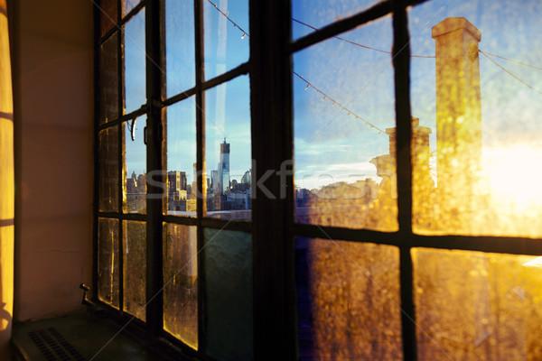 Alsó Manhattan sziluett délután ablak egy Stock fotó © eldadcarin