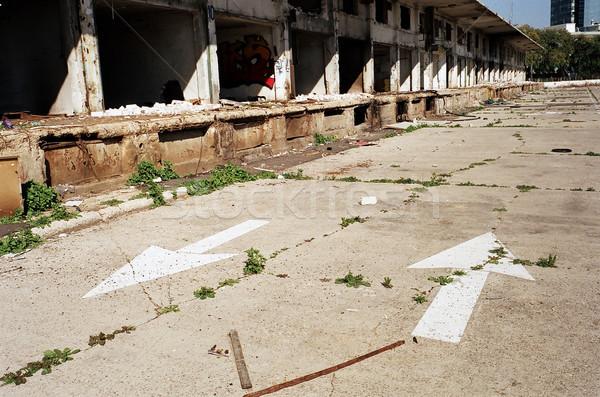 Terkedilmiş pazar yol ihmal edilmiş eski Stok fotoğraf © eldadcarin