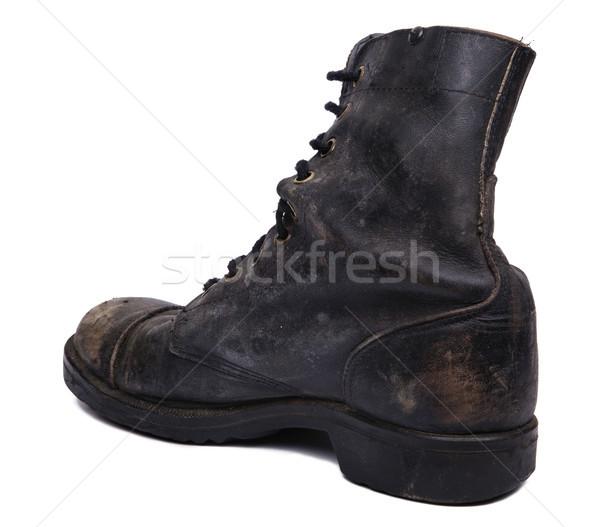 Yalıtılmış kullanılmış ordu çizme diyagonal topuk Stok fotoğraf © eldadcarin