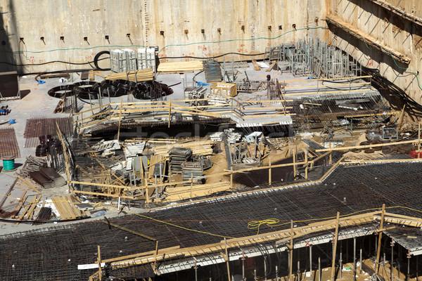 Etapa madera construcción metal arena Foto stock © eldadcarin