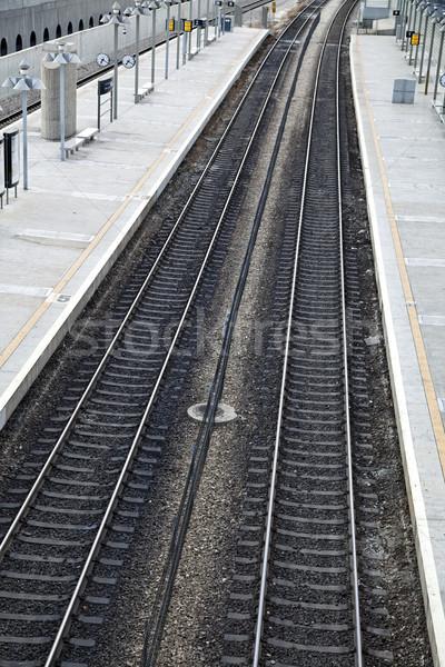 Vasútállomás vágány üres emberek vonatok felhős Stock fotó © eldadcarin