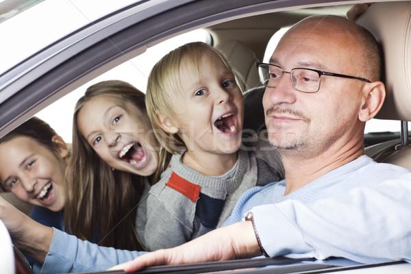 Felice padre bambini auto sorridere Foto d'archivio © Elegies