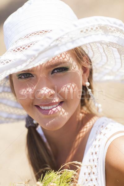 Güzel kız yaz gün kız gülen güzel Stok fotoğraf © Elegies