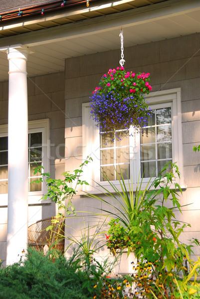 Ház veranda kényelmes virágzó virágok épület Stock fotó © elenaphoto
