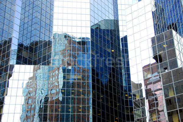 Wolkenkrabber complex patroon glas muur centrum Stockfoto © elenaphoto