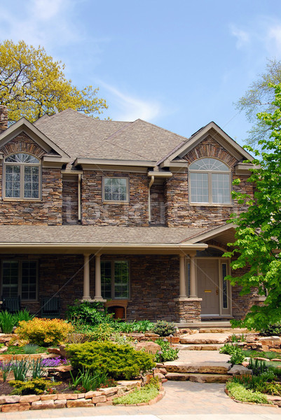Luxe home huis mooie landscaping steen Stockfoto © elenaphoto