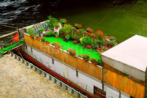 Houseboat in Paris Stock photo © elenaphoto