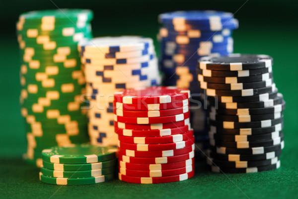 Chip gioco d'azzardo verde soldi sfondo finanziare Foto d'archivio © elenaphoto