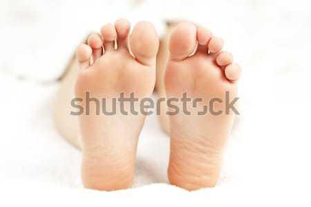 Stóp miękkie kobiet bose stopy Zdjęcia stock © elenaphoto