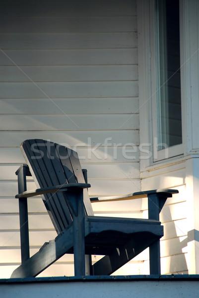 Varanda cadeira cadeira de madeira casa edifício parede Foto stock © elenaphoto