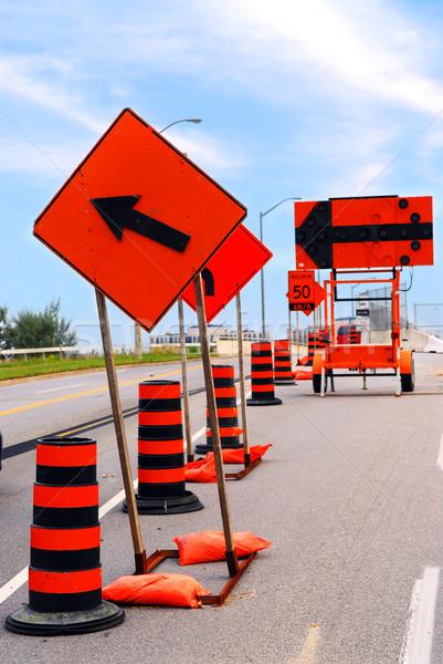 Yol yapımı işaretleri şehir sokak yol inşaat sokak Stok fotoğraf © elenaphoto