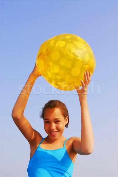 Meisje strandbal mooie jong meisje Geel Stockfoto © elenaphoto