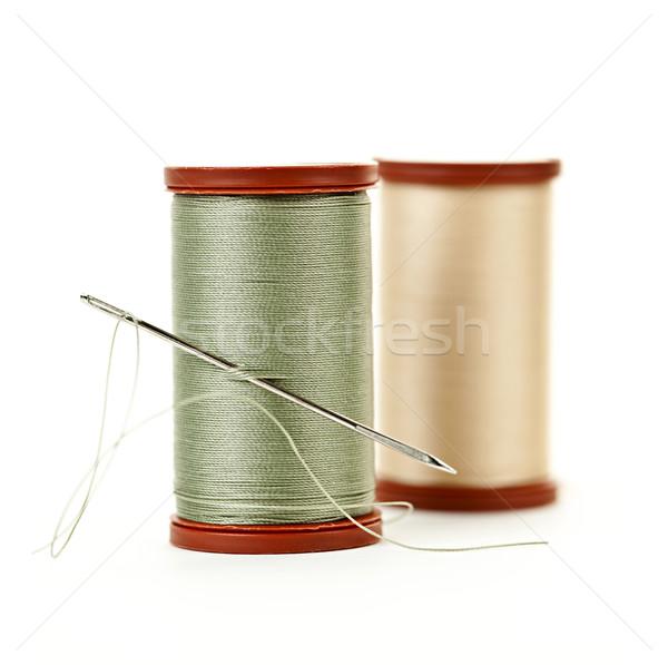 Fio dois agulha de costura isolado branco Foto stock © elenaphoto