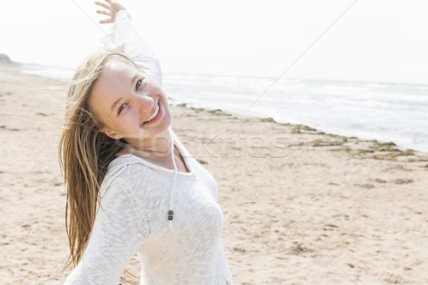 Feliz playa jóvenes despreocupado Foto stock © elenaphoto