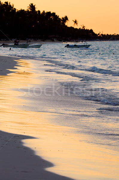 Spiaggia tropicale tramonto spiaggia di sabbia tropicali resort spiaggia Foto d'archivio © elenaphoto