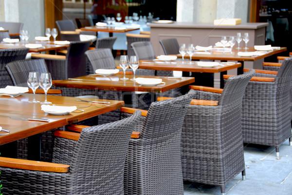 Restauracji żywności miasta szkła krzesło obiedzie Zdjęcia stock © elenaphoto