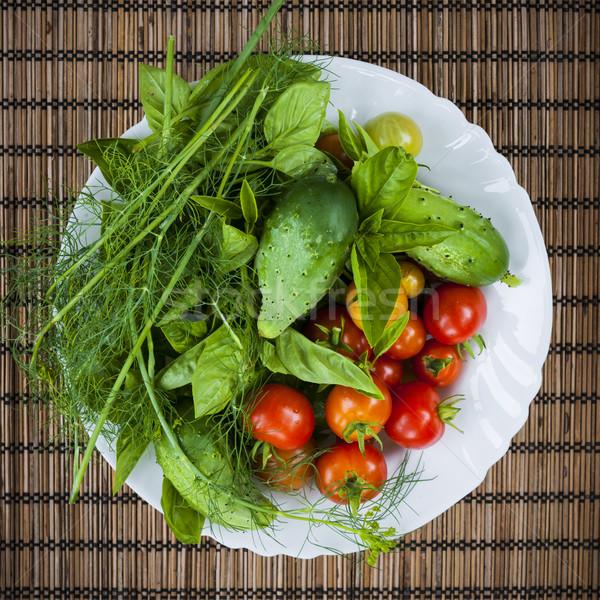 Stock foto: Frischen · Garten · Gemüse · frischem · Gemüse · Kräuter · Schüssel