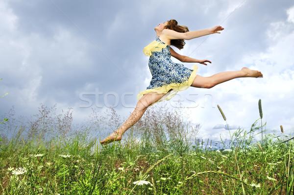Сток-фото: прыжки · луговой · молодые · лет