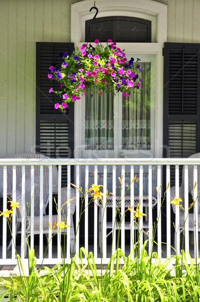 Ev sundurma güzel dekore edilmiş çiçekler çiçek Stok fotoğraf © elenaphoto