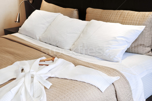 Stockfoto: Hotel · bed · badjas · comfortabel · schone