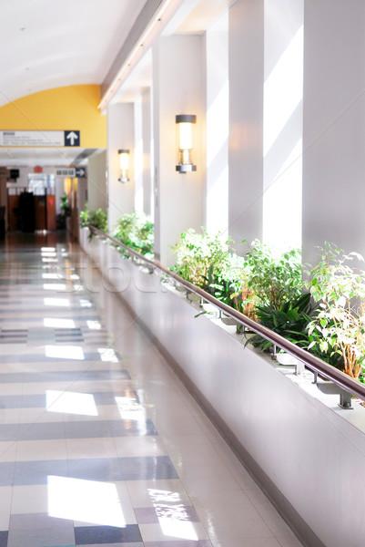 больницу коридор ведущий при врач здоровья Сток-фото © elenaphoto