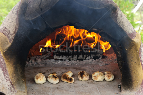 Steen hout oven brood brand Stockfoto © elenaphoto
