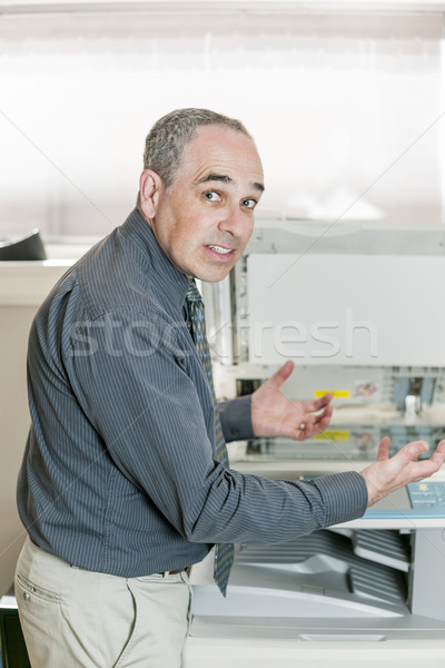 Férfi csalódott fénymásoló üzletember probléma gép Stock fotó © elenaphoto