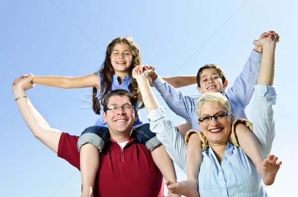 Stok fotoğraf: Mutlu · aile · eğlence · omuz · aile · çocuklar