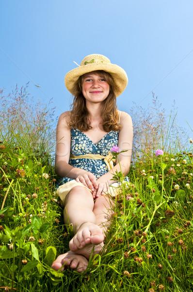Stock fotó: Fiatal · lány · ül · legelő · fiatal · tinilány · nyár