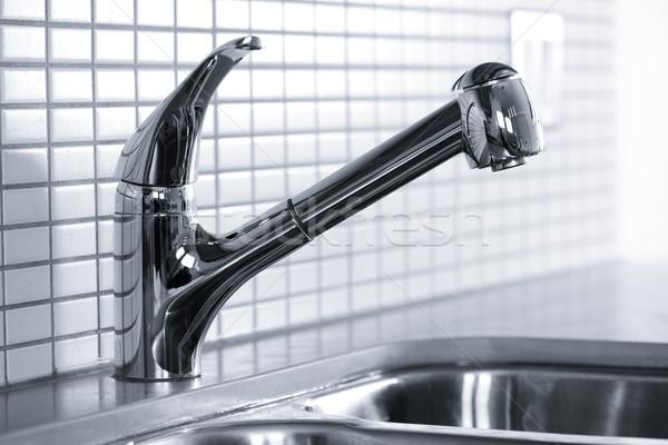 Keuken kraan roestvrij staal wastafel tegel water Stockfoto © elenaphoto
