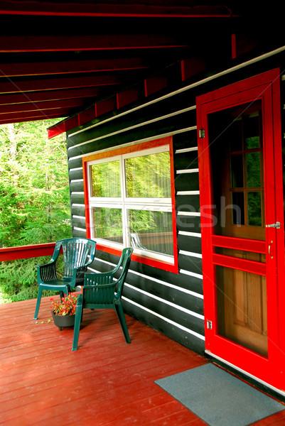 Foto stock: Cabine · convés · casa · de · campo · pinho · floresta · árvore