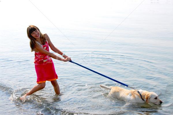 девушки играет собака счастливая девушка воды дети Сток-фото © elenaphoto