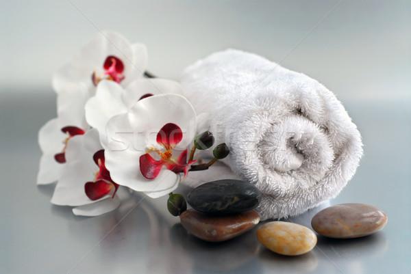 Spa bianco up asciugamano massaggio Foto d'archivio © elenaphoto
