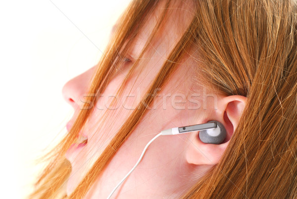 Mädchen hören Musik junge Mädchen Musik hören mP3-Player Stock foto © elenaphoto