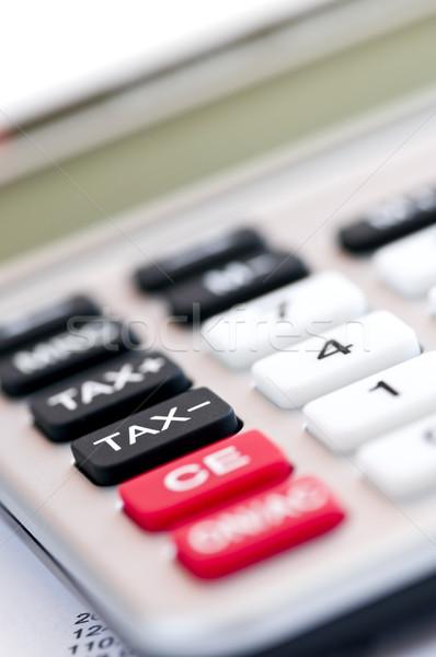 Foto stock: Impuesto · calculadora · primer · plano · rojo · blanco · negro