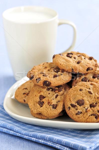 Stock fotó: Tej · csokoládé · chip · sütik · tányér · étel