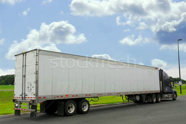 Eighteen wheeler truck Stock photo © elenaphoto
