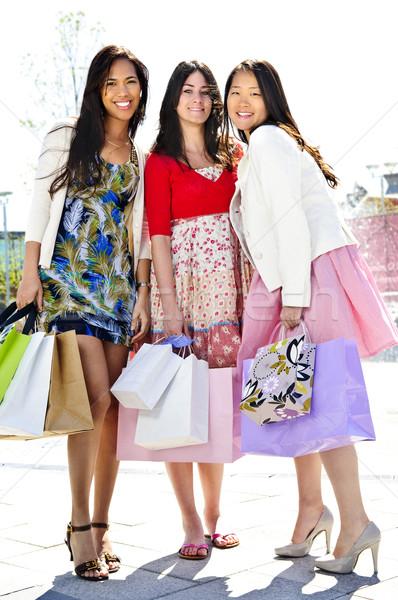 Stockfoto: Jonge · vriendinnen · winkelen · drie · jong · meisje · vrienden