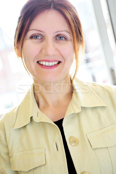 Zdjęcia stock: Portret · starsza · kobieta · dojrzały · uśmiechnięty · business · woman · kobieta