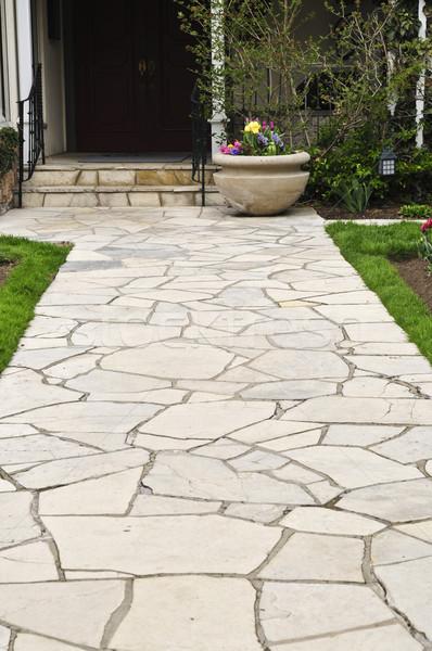 Stockfoto: Natuurlijke · steen · pad · leidend · huis · landscaping