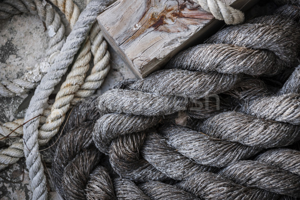 öreg kötelek dokk köteg viharvert tengerészeti Stock fotó © elenaphoto