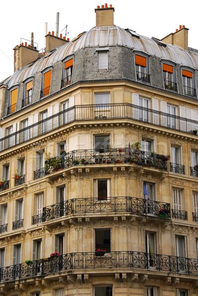 Paris building Stock photo © elenaphoto