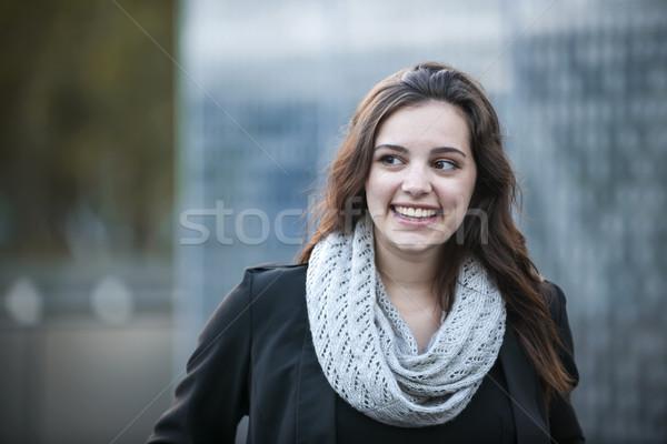 小さな ブルネット 女性の笑顔 率直な 肖像 見える ストックフォト © elenaphoto