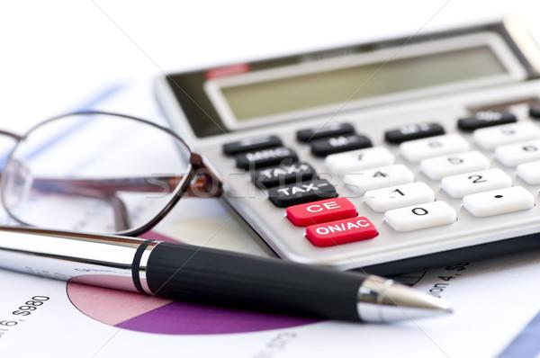 Сток-фото: налоговых · калькулятор · пер · очки · номера · доход